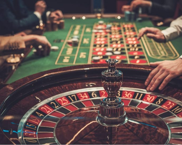 Marriage And Gambling Have More In Common Than You Think